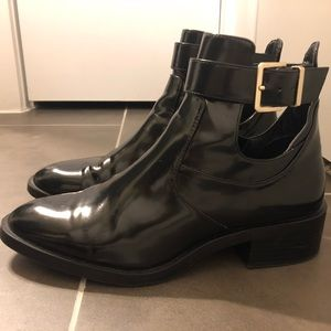 Black Zara ankle boots